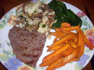The perfect plate! 1/4 protein, 1/4 carbs and 1/2 veggies!